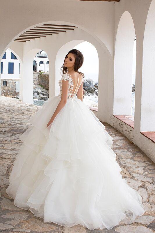Свадебный салон Bonjour Galerie Свадебное платье «Leoni» из коллекции LA SENSUALITE - фото 2