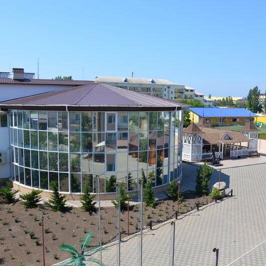 Туристическое агентство ТиШ-Тур Пляжный автобусный тур в Украину, Коблево, отель «Paradise» - фото 1