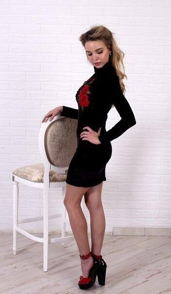 Вечернее платье Shkafpodrugi Бархатное черное платье мини с цветочной аппликацией 1120 - фото 3