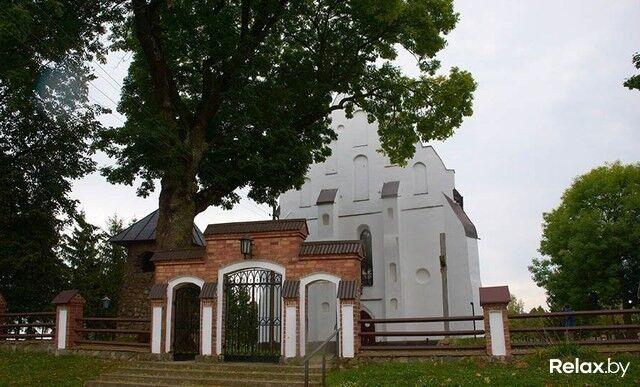 Достопримечательность Костел Святой Троицы Фото - фото 1