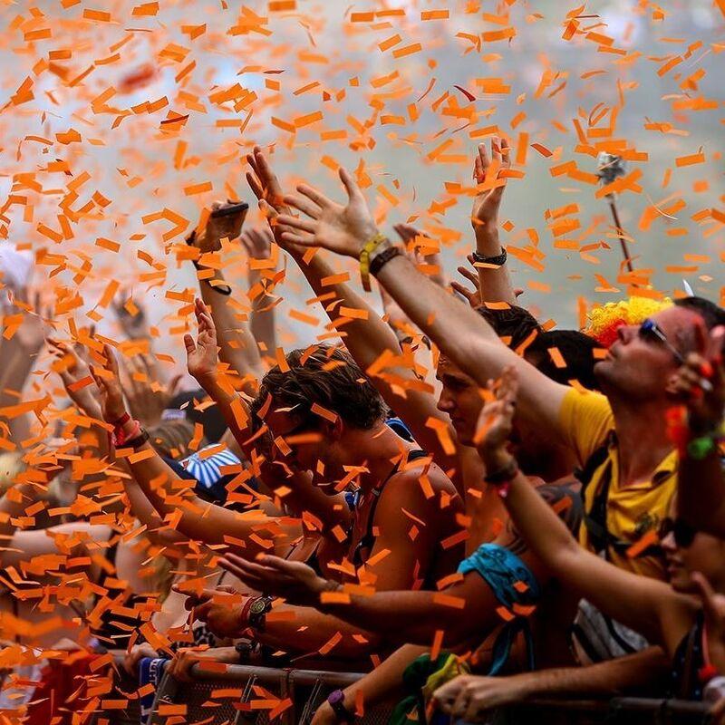 Туристическое агентство Респектор трэвел Экскурсионный автобусный тур N3 «Уикенд в Амстердаме + День рождения короля» - фото 1