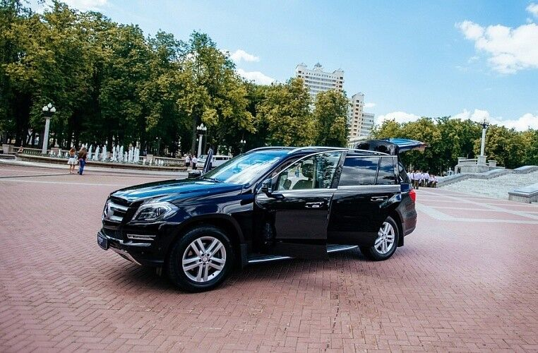 Аренда авто Mercedes-Benz GL 2015 г. - фото 3
