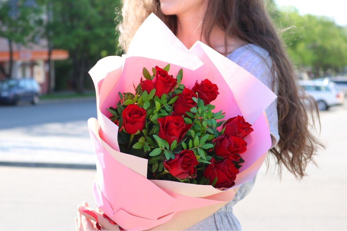 Магазин цветов VGosti.by Букет из красных роз - фото 1