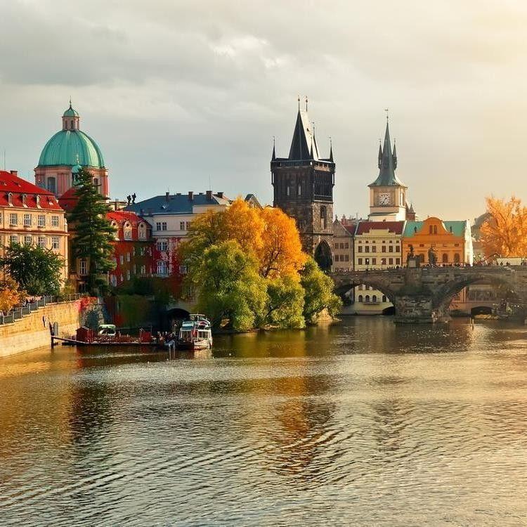 Туристическое агентство Вояж-Вояж Автобусный тур «Crazy Prague!» - фото 1