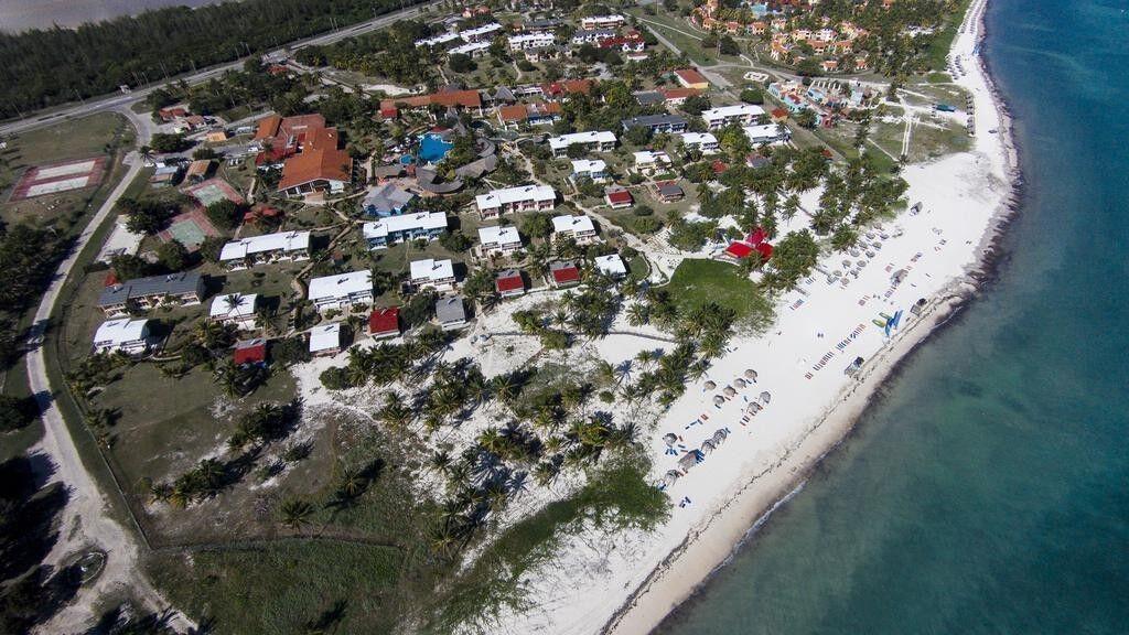 Туристическое агентство VIP TOURS Отдых на Кубе, Brisas Santa Lucia 4* - фото 1