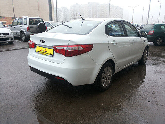 Прокат авто KIA RIO sedan - фото 3