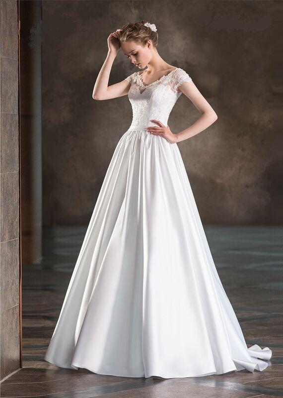 Свадебное платье напрокат Destiny Collection Платье свадебное 1716 - фото 1