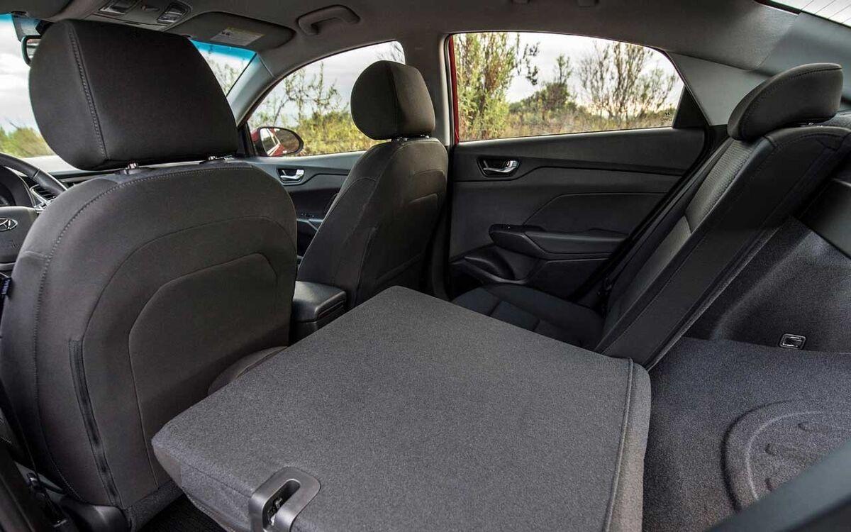 Прокат авто Hyundai Solaris 2019 AT - фото 2