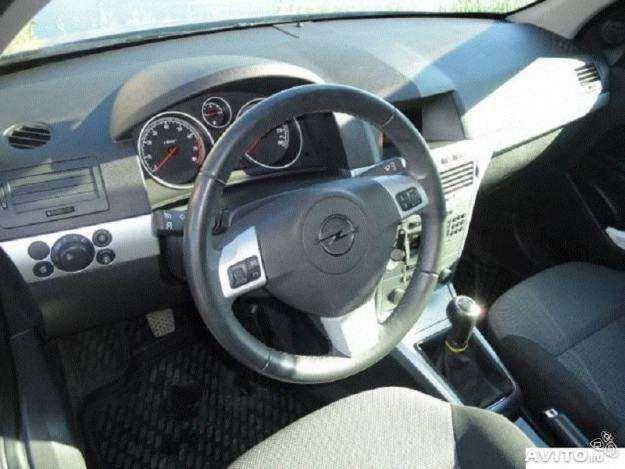 Аренда авто Opel Astra Caravan 2013 года - фото 2