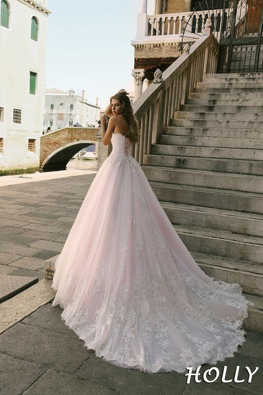 Свадебный салон Bonjour Galerie Свадебное платье Holly из коллекции La Douceur - фото 2