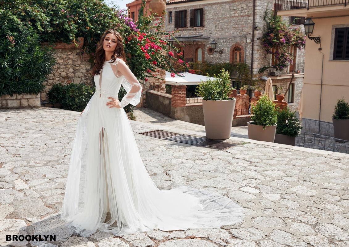 Свадебный салон Bonjour Galerie Свадебное платье BROOKLYN из коллекции BELLA SICILIA - фото 2