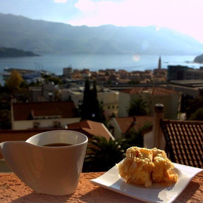Туристическое агентство Тайм Вояж Пляжный авиатур в Черногорию, Будва, апартаменты Jovana 3* - фото 1