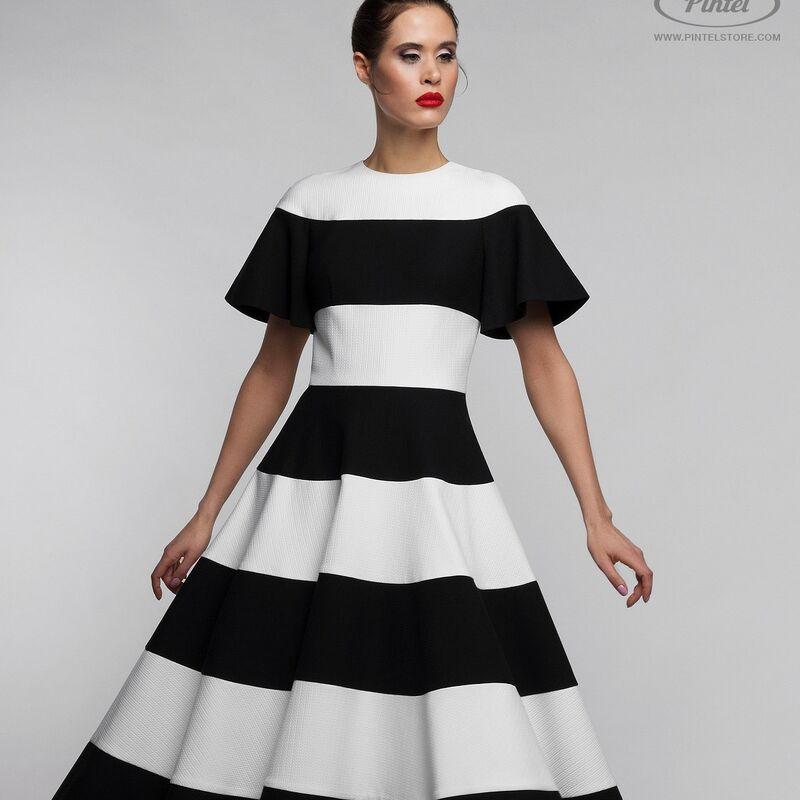 Платье женское Pintel™ Комбинированное чёрно-белое приталенное миди-платье Awa - фото 1