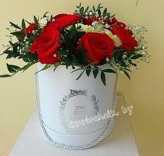 Магазин цветов Цветочник Коробка из 11 красных роз - фото 1