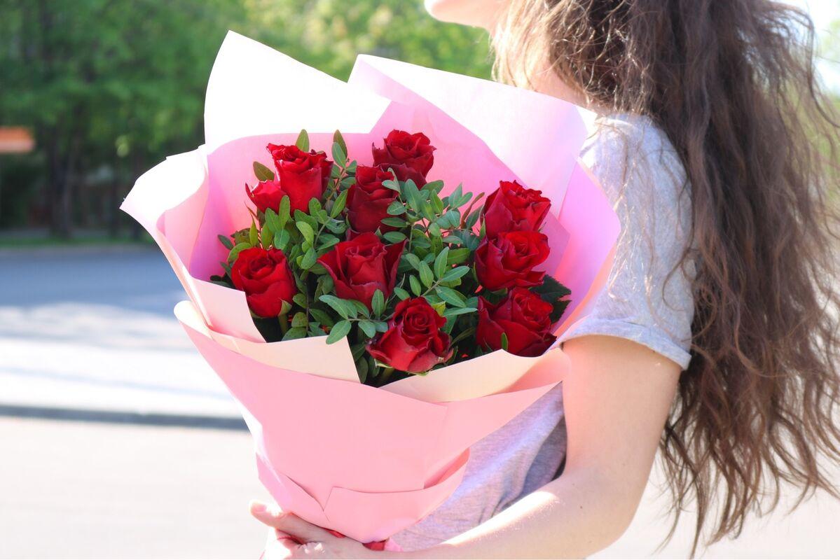 Магазин цветов VGosti.by Букет из красных роз - фото 2