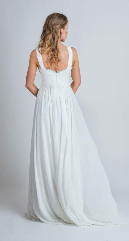 Свадебное платье напрокат Yusupova Couture Свадебное платье в греческом стиле, с вышивкой на груди - фото 3