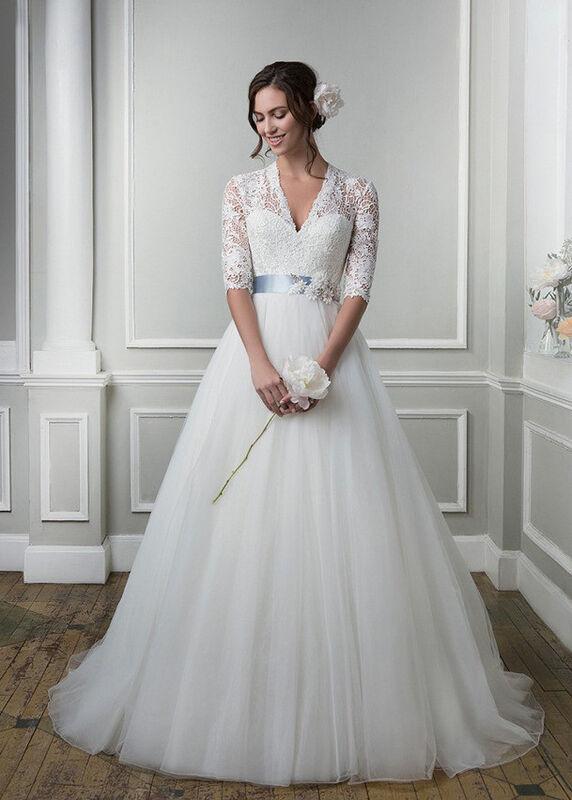 Свадебное платье напрокат Lillian West Платье свадебное «Amanda» - фото 1
