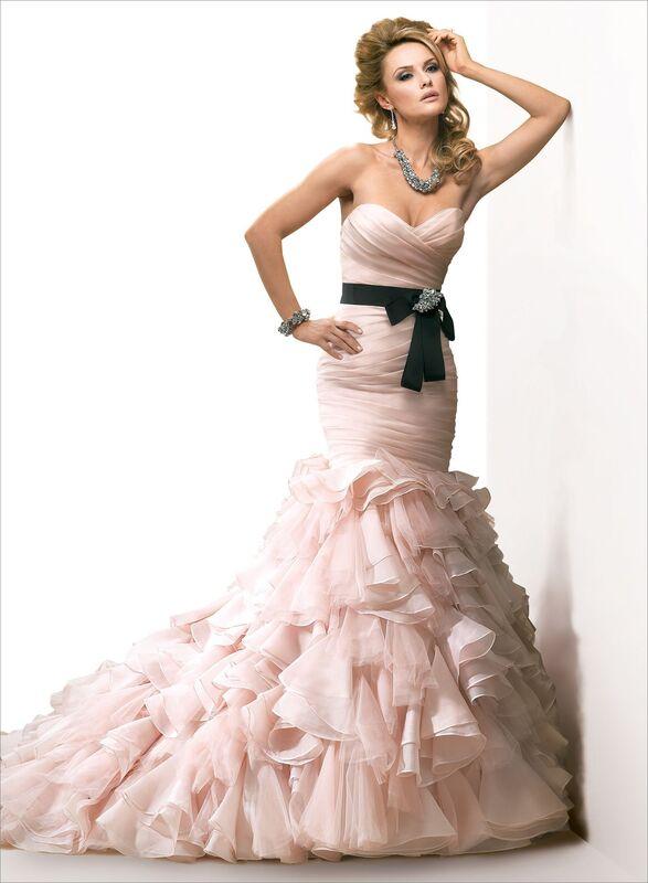 Свадебное платье напрокат Maggie Sottero Платье свадебное Divina - фото 2