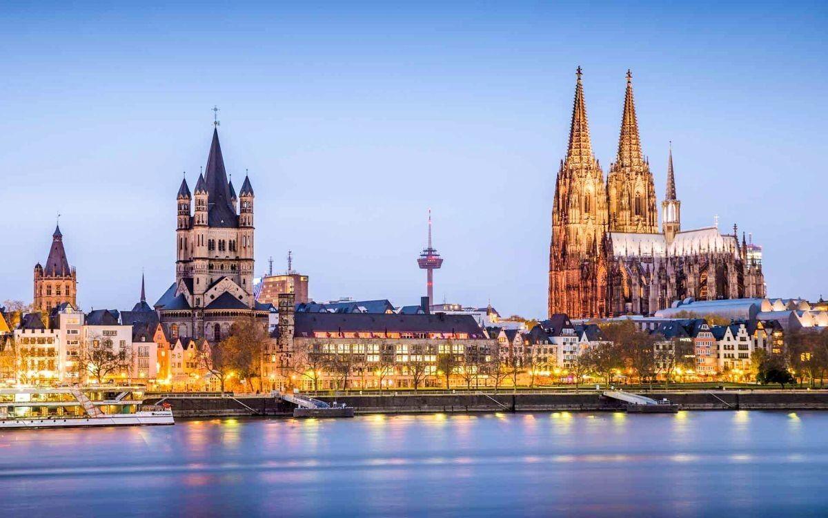 Туристическое агентство Внешинтурист Экскурсионный автобусный тур F1 «3 столицы: Амстердам – Лондон – Париж» - фото 3