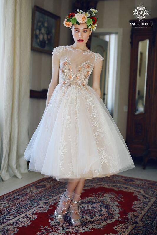 Свадебный салон Ange Etoiles Свадебное платье AEriality Collection  Fibi - фото 1