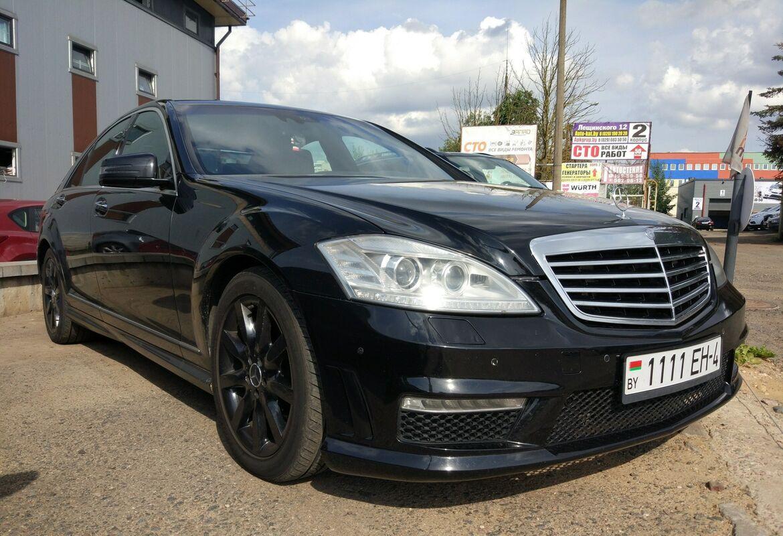 Аренда авто Mercedes-Benz S-класс W221 Черный - фото 3
