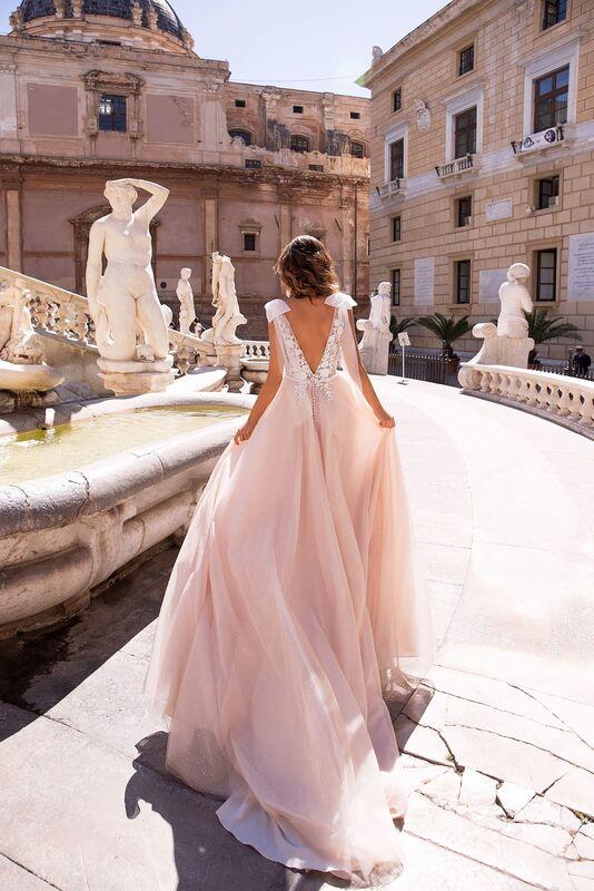 Свадебный салон Lussano Bridal Свадебное платье  Brooke 19050 - фото 2