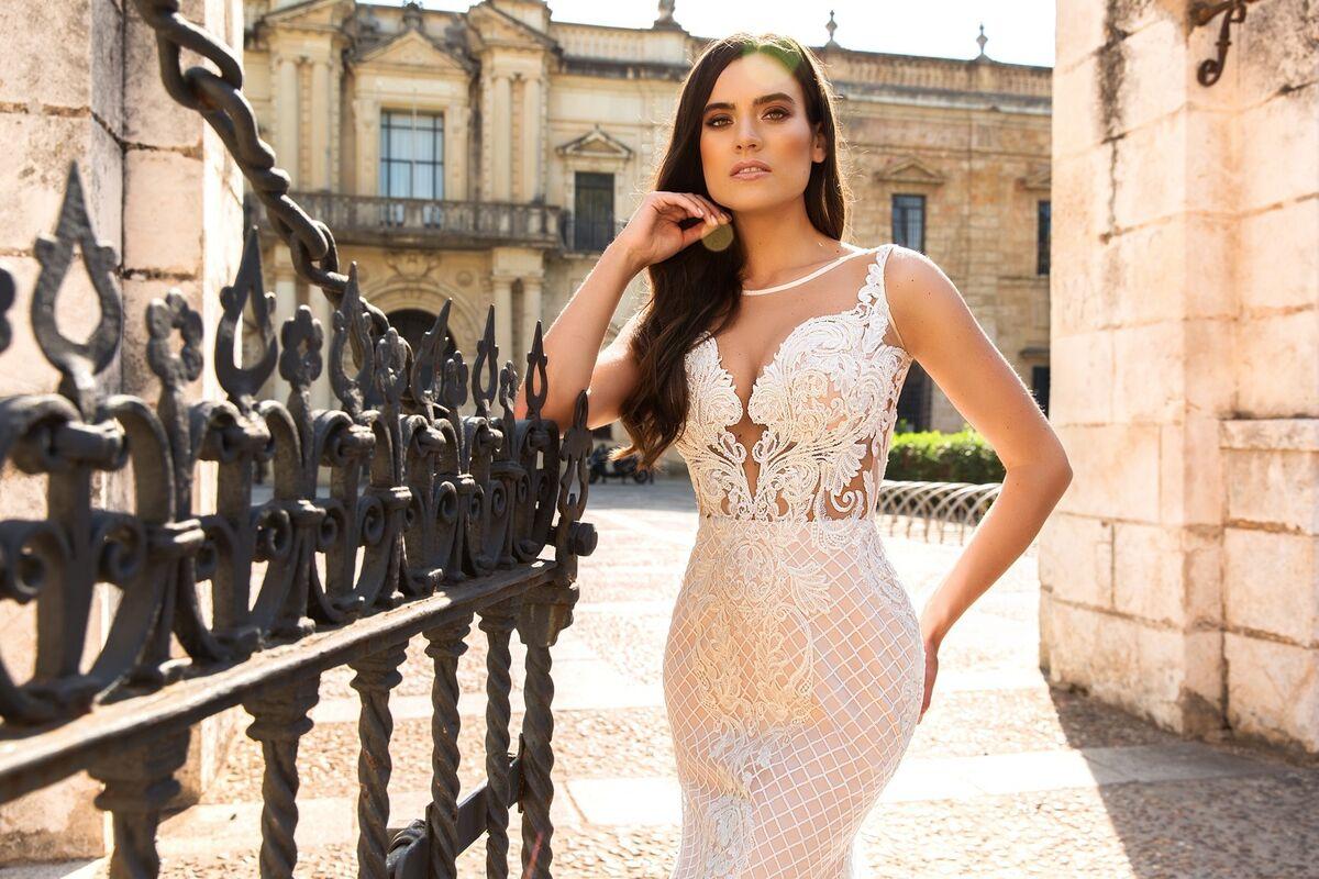 Свадебное платье напрокат Crystal Свадебное платье Lizzi - фото 2