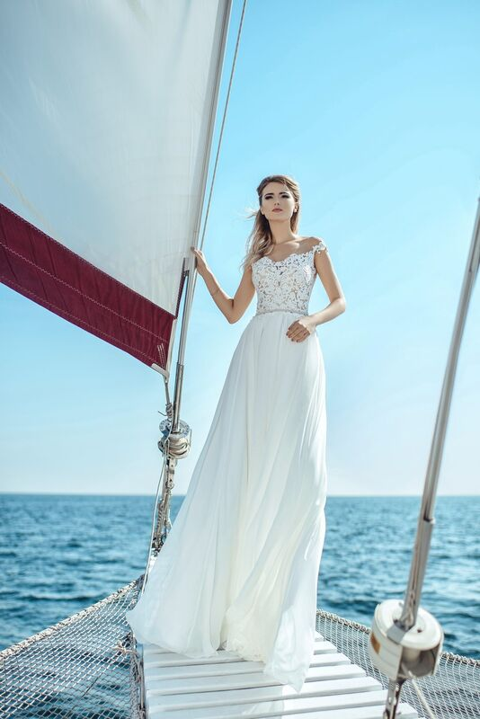 Свадебное платье напрокат Nicole Платье свадебное Lily - фото 1
