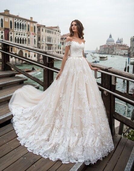 Свадебное платье напрокат Lavender Свадебное платье Lilian - фото 1