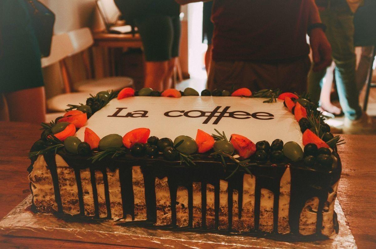 Торт Заказторта.бай Корпоративный торт №3 - фото 1