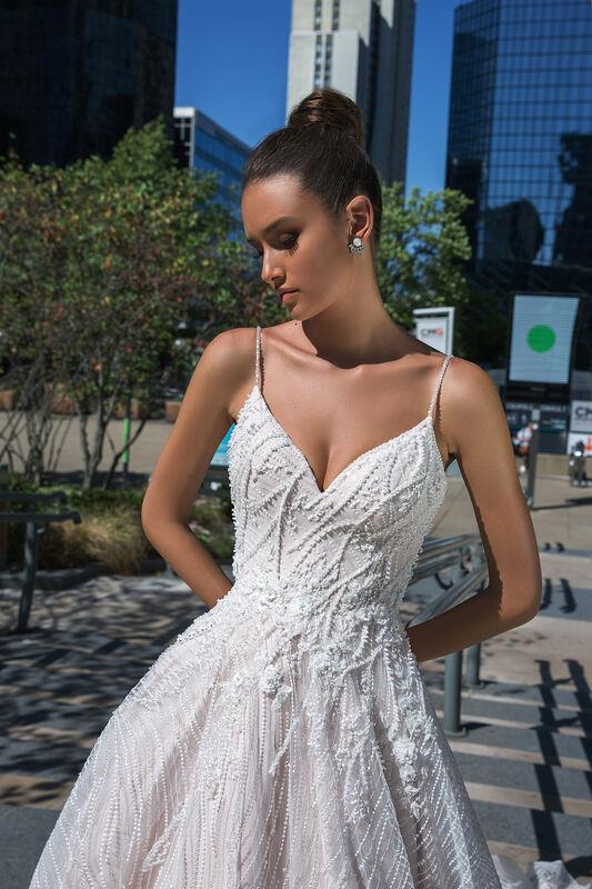 Свадебный салон Crystal Свадебное платье Veyla - фото 2