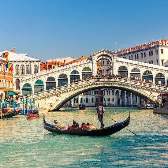 Туристическое агентство Территория отдыха Автобусный тур в Испанию с отдыхом на море «Вена – Монако – Льорет де Мар – Ницца* – Канны – Венеция – Будапешт» - фото 1