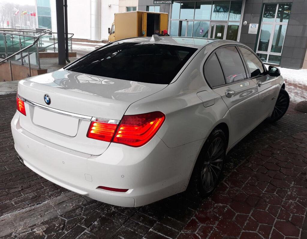 Прокат авто BMW 7 (F01) - фото 5