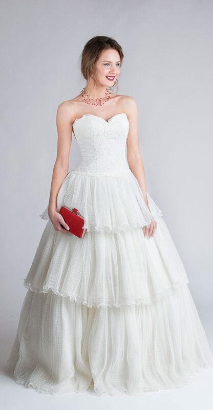 Свадебное платье напрокат Yusupova Couture Винтажное свадебное платье с воланом - фото 1