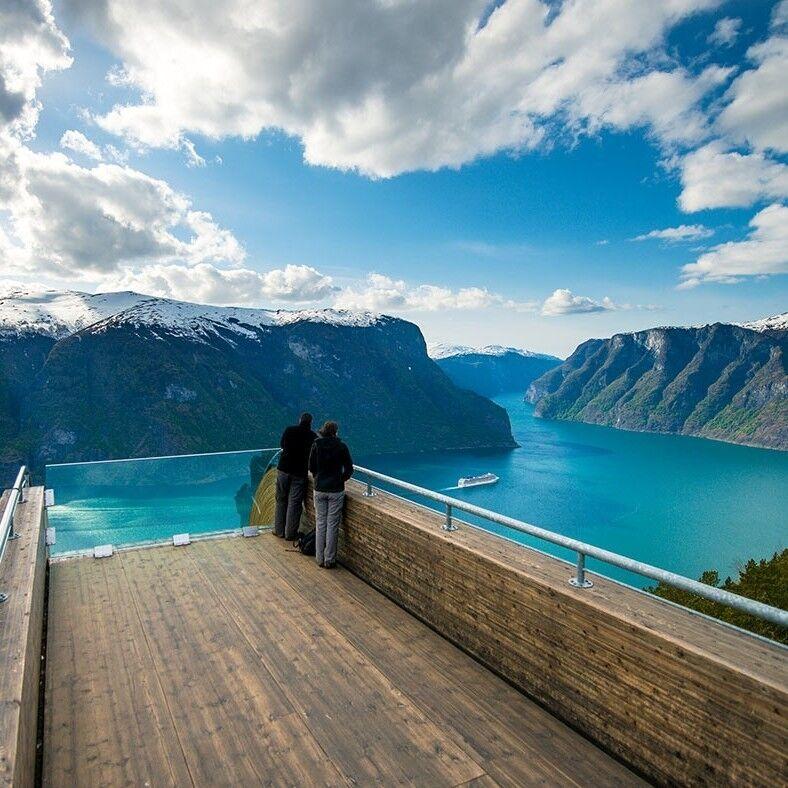 Туристическое агентство Боншанс SR - Экспресс-тур в Норвегию по отличной цене! - фото 1