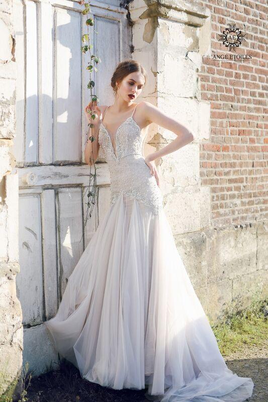 Свадебный салон Ange Etoiles Свадебное платье AEriality Collection Serena - фото 1