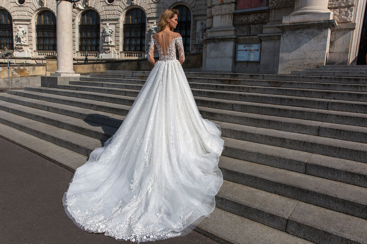 Свадебный салон Crystal Свадебное платье Amanda - фото 3