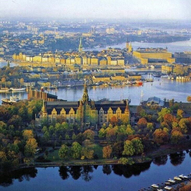 Туристическое агентство Респектор трэвел Экскурсионный тур автобус+паром «Круиз по Северным столицам: Таллин-Стокгольм-Таллин-Рига» - фото 1