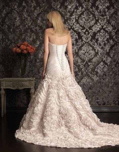 Свадебное платье напрокат Allure Bridals Платье свадебное 9015 - фото 2