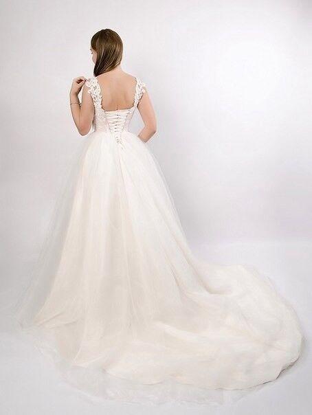Свадебное платье напрокат Shkafpodrugi Пышное свадебное платье с кружевным корсетом - фото 3