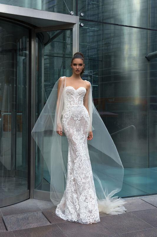 Свадебный салон Crystal Свадебное платье Betty - фото 1