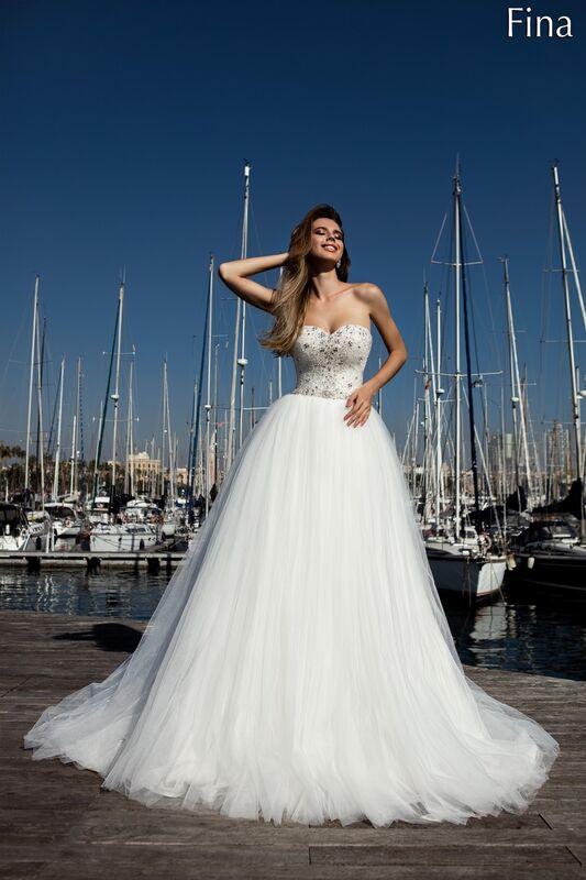 Свадебный салон Bonjour Galerie Свадебное платье «Fina» из коллекции LA POESIE - фото 1
