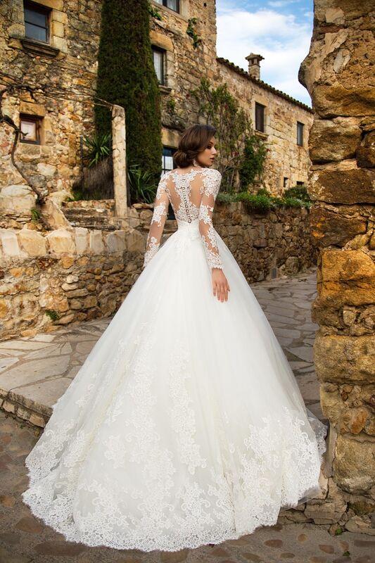 Свадебный салон Bonjour Galerie Свадебное платье «Silvana» из коллекции LA SENSUALITE - фото 2