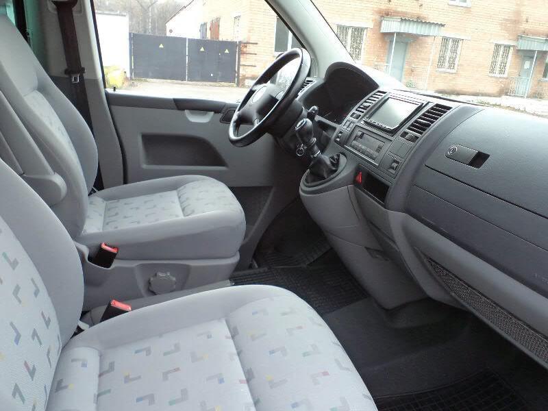 Аренда авто Volkswagen Caravelle T5 2009 г.в. - фото 4