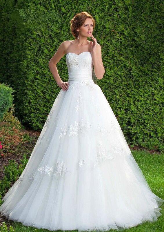 Свадебное платье напрокат Destiny Collection Платье свадебное 1604 - фото 1