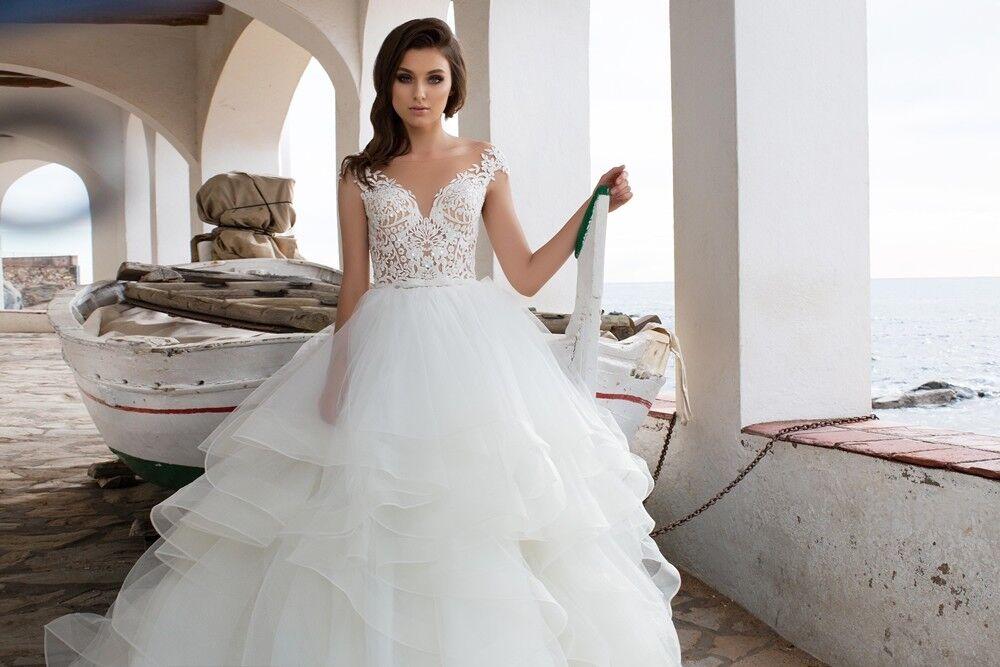 Свадебный салон Bonjour Galerie Свадебное платье «Leoni» из коллекции LA SENSUALITE - фото 3