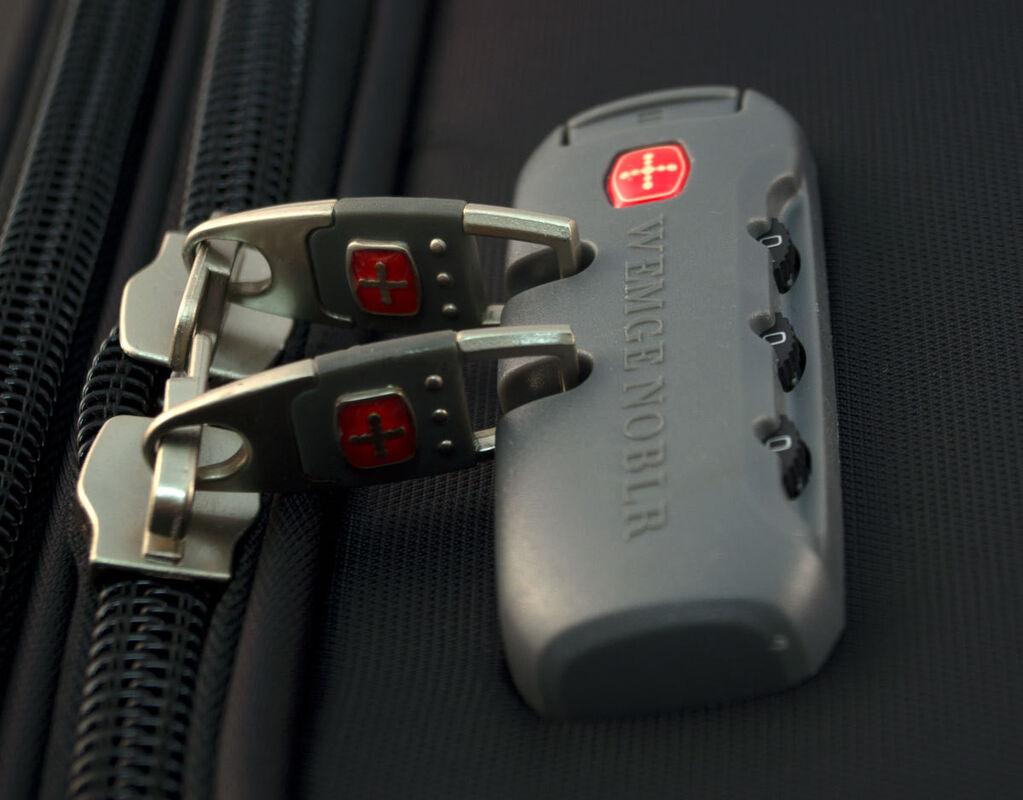 Магазин сумок Wenger Чемодан 1505, 28'' - фото 6