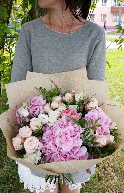 Магазин цветов VGosti.by Букет «Валенсия» - фото 2
