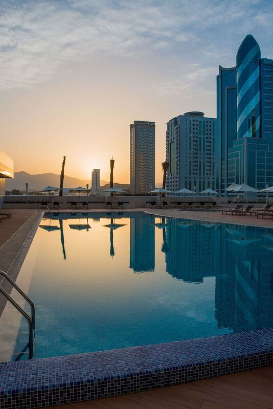 Туристическое агентство VIP TOURS Отдых в ОАЭ В ДЕКАБРЕ!!! - фото 1