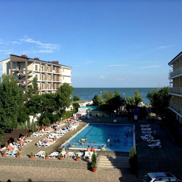 Туристическое агентство ТиШ-Тур Пляжный автобусный тур в Украину, Затока, отель «Маяк» - фото 1